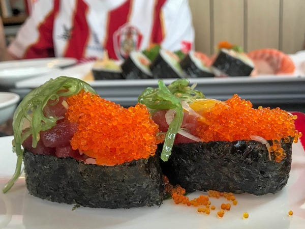 INSIDER: Chefs reveal the best and worst things to order at a sushi restaurant